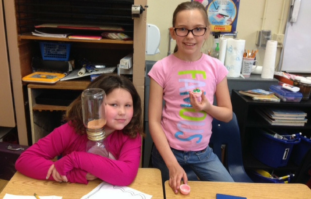Cardinal Third Graders Recycled Economics Projects