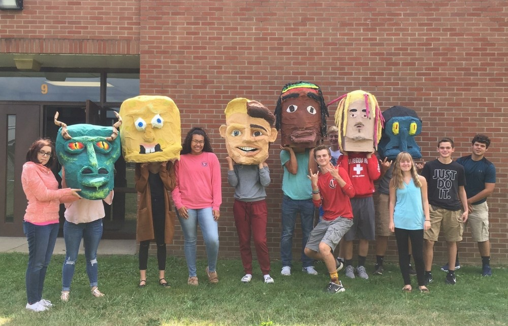 Cardinal High School Students Create 3-D Art