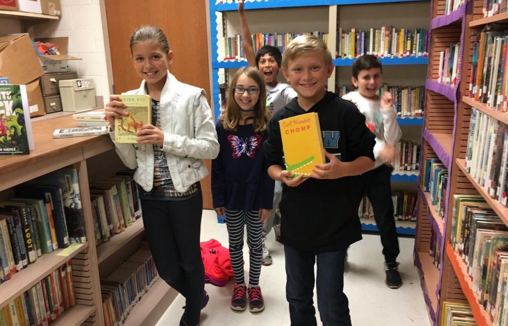 Chagrin Falls Intermediate School Pop-Up Library