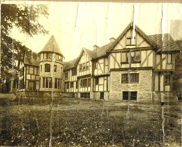 The History of Punderson Manor State Park Lodge
