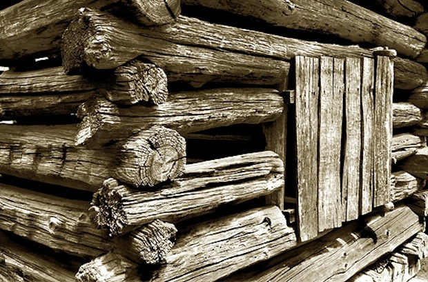 Notches in a log cabin
